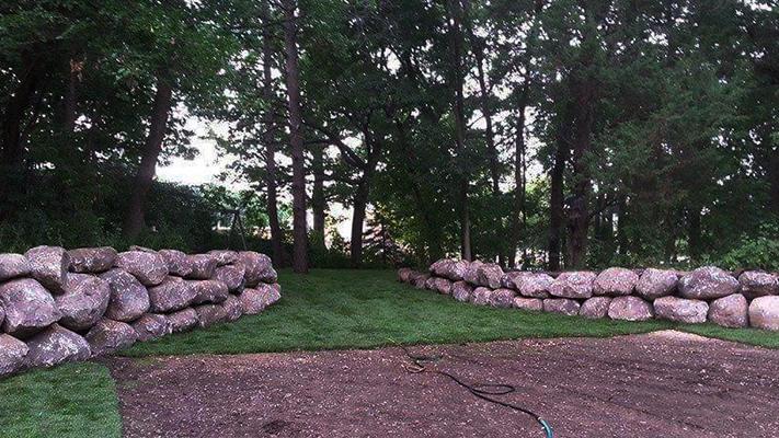 natural boulderscaping